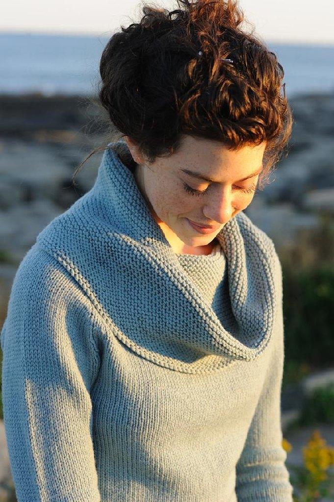 Astrid Pullover von Carrie Bostick Hoge